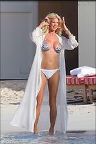 Celebrity Photo: Victoria Silvstedt 1600x2399   218 kb Viewed 90 times @BestEyeCandy.com Added 101 days ago