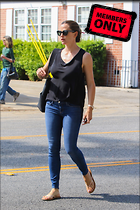 Celebrity Photo: Jennifer Garner 2133x3200   3.2 mb Viewed 0 times @BestEyeCandy.com Added 2 days ago