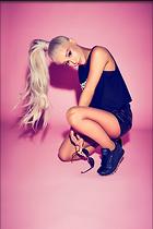 Celebrity Photo: Ariana Grande 1200x1798   148 kb Viewed 169 times @BestEyeCandy.com Added 109 days ago
