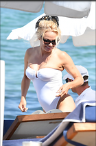 Celebrity Photo: Pamela Anderson 1976x3000   784 kb Viewed 61 times @BestEyeCandy.com Added 29 days ago