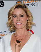 Celebrity Photo: Julie Bowen 1200x1518   201 kb Viewed 101 times @BestEyeCandy.com Added 401 days ago