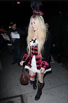 Celebrity Photo: Avril Lavigne 1200x1800   256 kb Viewed 36 times @BestEyeCandy.com Added 78 days ago