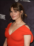 Celebrity Photo: Jennifer Jason Leigh 1200x1640   190 kb Viewed 57 times @BestEyeCandy.com Added 350 days ago