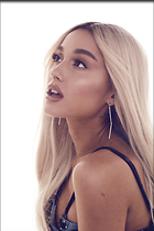 Celebrity Photo: Ariana Grande 1280x1920   1.1 mb Viewed 66 times @BestEyeCandy.com Added 123 days ago