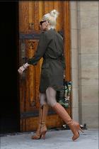 Celebrity Photo: Gwen Stefani 1200x1799   242 kb Viewed 71 times @BestEyeCandy.com Added 178 days ago