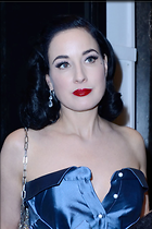 Celebrity Photo: Dita Von Teese 1200x1801   167 kb Viewed 73 times @BestEyeCandy.com Added 74 days ago