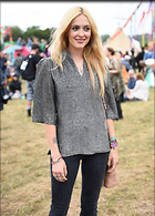 Celebrity Photo: Fearne Cotton 1200x1675   372 kb Viewed 41 times @BestEyeCandy.com Added 86 days ago