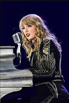 Celebrity Photo: Taylor Swift 1200x1803   339 kb Viewed 80 times @BestEyeCandy.com Added 119 days ago