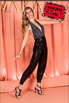 Celebrity Photo: Gisele Bundchen 1600x2400   2.1 mb Viewed 2 times @BestEyeCandy.com Added 26 days ago