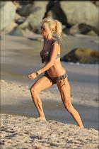 Celebrity Photo: Victoria Silvstedt 1280x1920   265 kb Viewed 56 times @BestEyeCandy.com Added 91 days ago