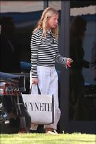 Celebrity Photo: Gwyneth Paltrow 12 Photos Photoset #441057 @BestEyeCandy.com Added 154 days ago