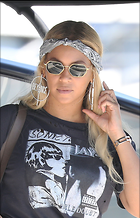 Celebrity Photo: Beyonce Knowles 2200x3419   712 kb Viewed 10 times @BestEyeCandy.com Added 24 days ago