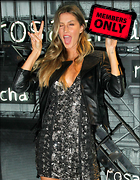 Celebrity Photo: Gisele Bundchen 2400x3090   1.5 mb Viewed 1 time @BestEyeCandy.com Added 25 days ago