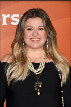 Celebrity Photo: Kelly Clarkson 1200x1800   355 kb Viewed 25 times @BestEyeCandy.com Added 112 days ago