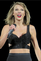Celebrity Photo: Taylor Swift 1066x1600   196 kb Viewed 37 times @BestEyeCandy.com Added 55 days ago