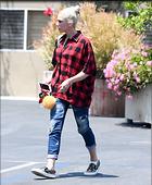 Celebrity Photo: Gwen Stefani 1200x1456   223 kb Viewed 50 times @BestEyeCandy.com Added 71 days ago