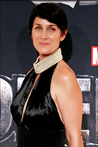 Celebrity Photo: Carrie-Anne Moss 2000x3000   585 kb Viewed 126 times @BestEyeCandy.com Added 336 days ago