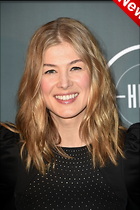 Celebrity Photo: Rosamund Pike 1200x1800   259 kb Viewed 5 times @BestEyeCandy.com Added 26 hours ago