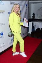 Celebrity Photo: Christie Brinkley 2880x4296   1.2 mb Viewed 21 times @BestEyeCandy.com Added 52 days ago