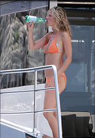 Celebrity Photo: Gwyneth Paltrow 97 Photos Photoset #417028 @BestEyeCandy.com Added 295 days ago