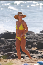 Celebrity Photo: Britney Spears 2400x3600   1.1 mb Viewed 57 times @BestEyeCandy.com Added 31 days ago