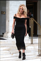Celebrity Photo: Pamela Anderson 1470x2153   235 kb Viewed 71 times @BestEyeCandy.com Added 74 days ago