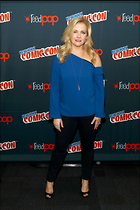 Celebrity Photo: Melissa Joan Hart 1200x1800   248 kb Viewed 122 times @BestEyeCandy.com Added 101 days ago
