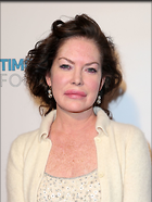 Celebrity Photo: Lara Flynn Boyle 1200x1596   208 kb Viewed 115 times @BestEyeCandy.com Added 188 days ago