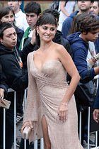 Celebrity Photo: Penelope Cruz 682x1024   266 kb Viewed 21 times @BestEyeCandy.com Added 32 days ago