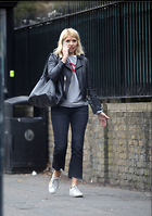 Celebrity Photo: Holly Willoughby 1200x1706   229 kb Viewed 13 times @BestEyeCandy.com Added 59 days ago