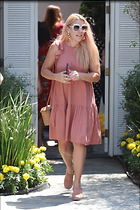 Celebrity Photo: Busy Philipps 1200x1800   271 kb Viewed 24 times @BestEyeCandy.com Added 248 days ago