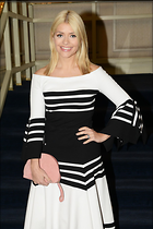 Celebrity Photo: Holly Willoughby 1200x1798   194 kb Viewed 44 times @BestEyeCandy.com Added 75 days ago