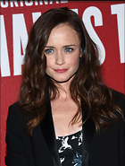 Celebrity Photo: Alexis Bledel 1200x1583   244 kb Viewed 47 times @BestEyeCandy.com Added 68 days ago