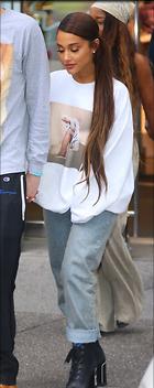 Celebrity Photo: Ariana Grande 1125x2832   890 kb Viewed 10 times @BestEyeCandy.com Added 44 days ago