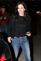 Celebrity Photo: Courteney Cox 2133x3200   1,016 kb Viewed 124 times @BestEyeCandy.com Added 503 days ago