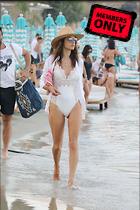Celebrity Photo: Alessandra Ambrosio 2200x3300   1.5 mb Viewed 1 time @BestEyeCandy.com Added 2 hours ago