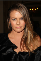 Celebrity Photo: Alicia Silverstone 2100x3150   952 kb Viewed 40 times @BestEyeCandy.com Added 43 days ago
