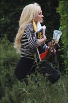 Celebrity Photo: Holly Madison 1200x1800   189 kb Viewed 33 times @BestEyeCandy.com Added 62 days ago