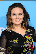 Celebrity Photo: Emily Deschanel 1200x1800   310 kb Viewed 36 times @BestEyeCandy.com Added 125 days ago