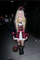 Celebrity Photo: Avril Lavigne 1200x1800   240 kb Viewed 24 times @BestEyeCandy.com Added 14 days ago