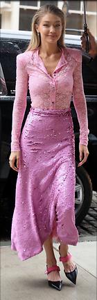 Celebrity Photo: Gigi Hadid 1024x3145   459 kb Viewed 53 times @BestEyeCandy.com Added 27 days ago