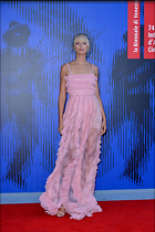 Celebrity Photo: Karolina Kurkova 1200x1800   374 kb Viewed 39 times @BestEyeCandy.com Added 138 days ago