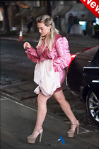 Celebrity Photo: Hilary Duff 1200x1800   242 kb Viewed 63 times @BestEyeCandy.com Added 4 days ago