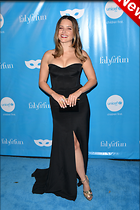Celebrity Photo: Sophia Bush 2100x3150   735 kb Viewed 24 times @BestEyeCandy.com Added 6 days ago