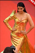 Celebrity Photo: Aishwarya Rai 683x1024   190 kb Viewed 2 times @BestEyeCandy.com Added 7 hours ago