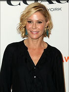 Celebrity Photo: Julie Bowen 1200x1594   153 kb Viewed 69 times @BestEyeCandy.com Added 231 days ago