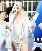Celebrity Photo: Gwen Stefani 1200x1446   234 kb Viewed 34 times @BestEyeCandy.com Added 89 days ago