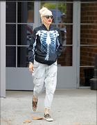 Celebrity Photo: Gwen Stefani 1200x1543   229 kb Viewed 11 times @BestEyeCandy.com Added 19 days ago