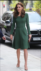 Celebrity Photo: Kate Middleton 1381x2400   413 kb Viewed 46 times @BestEyeCandy.com Added 15 days ago
