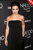 Celebrity Photo: Alyssa Milano 2000x3000   538 kb Viewed 20 times @BestEyeCandy.com Added 4 days ago